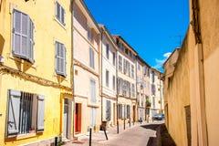 Opinião da rua da cidade em Aix-en-Provence Fotos de Stock Royalty Free