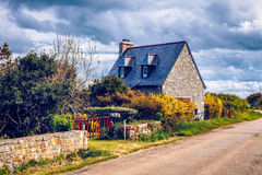 Opinião da rua da vila bonita do vill anterior da pesca de Rostudel Imagem de Stock Royalty Free