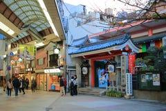 Opinião da rua de Shijo Dori, Kawaramachi imagens de stock