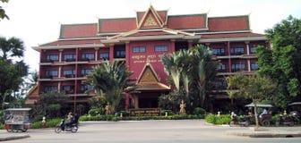 Opinião da rua de Siem Reap em Camboja fotografia de stock