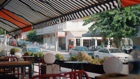 Opinião da rua do café exterior, Grécia filme
