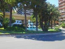 Opinião da rua do verde de Monte Carlo Monaco no dia ensolarado Imagens de Stock Royalty Free