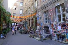 Opinião da rua no distrito de Mitte Imagens de Stock