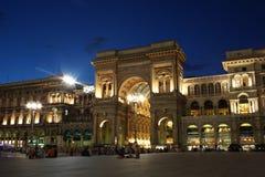 Opinião da rua no domo de Milão Imagem de Stock Royalty Free