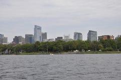 Opinião da skyline de Boston de Charles River no estado de Boston Massachusettes de EUA Fotos de Stock