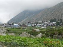 opinião da vila do chhitkul Fotografia de Stock
