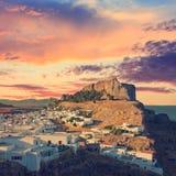 Opinião de ângulo de Lindos, Rhodes Island fotos de stock royalty free