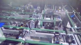 Opinião de ângulo larga na linha de produção de elementos solares video estoque