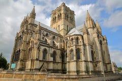 Opinião de ângulo larga Roman Catholic Cathedral de St John o batista em Norwich, Norfolk, Reino Unido fotografia de stock