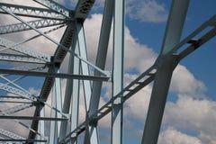 Opinião de aço azul do direito da ponte Fotos de Stock Royalty Free