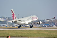 Opinião de Airbus A330-200 Imagem de Stock Royalty Free