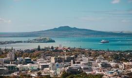 Opinião de Auckland de Mt Eden foto de stock royalty free
