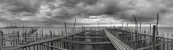 Opinião de B/W Panaromic de Kelong com tempestade Fotos de Stock Royalty Free