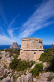 Opinião de Ibiza Es Vedra da torre do DES Savinar de Torre imagem de stock