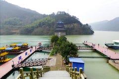 Opinião de Jiangnan Dragon Gate Blend imagens de stock