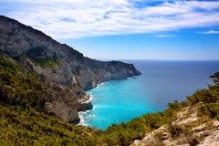 Opinião de Llentrisca do tampão de Ibiza de Sa Pedrera em baleárico fotografia de stock