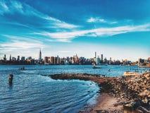 Opinião de Manhattan de Williamsburg Imagens de Stock Royalty Free