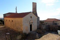 Opinião de mar do graduado e de adriático de Stari (Montenegro, Ulcinj, inverno) Imagens de Stock Royalty Free