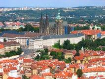 Opinião de olho de pássaro do castelo de Praga, república checa Imagens de Stock