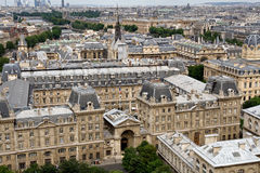 Opinião de Paris de Notre Dame foto de stock royalty free