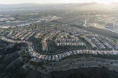 Opinião de Porter Ranch Hilltop Homes Aerial em Los Angeles Califórnia imagem de stock royalty free