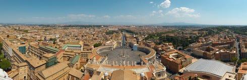 Opinião de Roma da basílica de St.Peter Fotografia de Stock Royalty Free