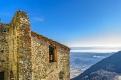 Opinião de San Michele Sacra Abbey Exterior Detail fotos de stock royalty free