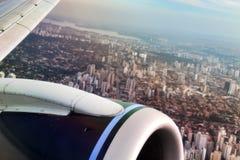 Opinião de Sao Paulo do avião fotografia de stock royalty free