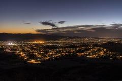 Opinião de Simi Valley California Night Hilltop imagem de stock royalty free