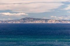 Opinião de Sorrento, Itália da baía de Nápoles fotografia de stock
