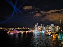 Opinião de Sydney Vivid fotos de stock