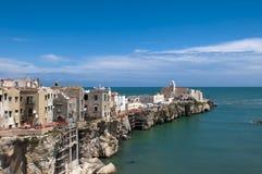 Opinião de Vieste, Apulia, Italie Foto de Stock