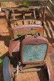 Opinião dianteira de oxidação do carro imagens de stock royalty free
