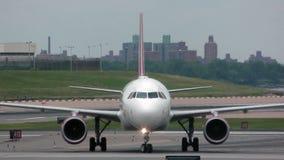 Opinião dianteira do avião do jato Fotografia de Stock