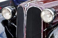 Opinião dianteira do carro antigo de BMW 315, detalhe Imagens de Stock Royalty Free