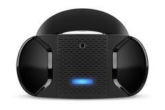 Opinião dianteira dos auriculares da realidade virtual de VR no fundo branco Imagem de Stock