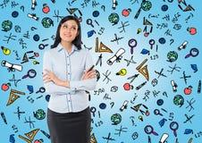 Opinião dianteira uma mulher pensativa com mãos cruzadas Fotos de Stock