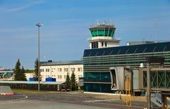 Opinião do aeroporto de Riga imagem de stock