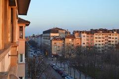Opinião do balcão das construções e do bulevar de Patriarh Evtimii no centro de Sófia, Bulgária imagem de stock royalty free
