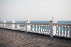 Opinião do balcão no mar imagem de stock royalty free