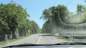 Opinião do carro em Geórgia - vista da estrada através do carro da janela video estoque
