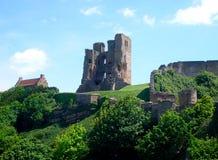 Opinião do castelo de Scarborough fotografia de stock royalty free
