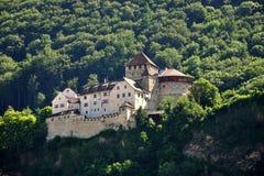 Opinião do castelo de Vaduz, Lichtenstein Foto de Stock Royalty Free