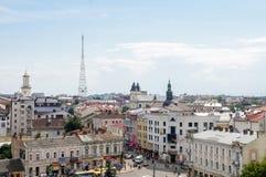 Opinião do centro da cidade da cidade ucraniana ocidental Ivano-Frankivsk Foto de Stock