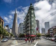 Opinião do centro impressionante das construções de San Francisco Fotografia de Stock Royalty Free