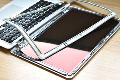 Opinião do close up do conceito do serviço de reparações do portátil do computador Hardware imagem de stock