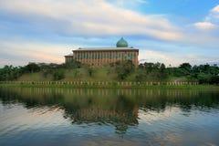 Opinião do dia do lago Putrajaya, Malaysia Foto de Stock