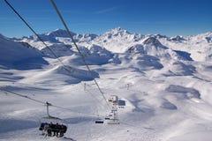 Opinião do inverno da estância de esqui Imagem de Stock