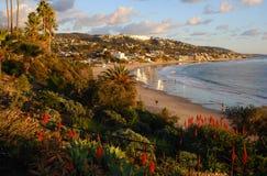 Opinião do inverno da praia principal do Laguna Beach, Cal Fotografia de Stock Royalty Free