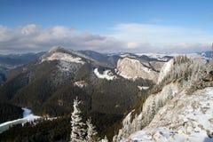 Opinião do inverno das montanhas Foto de Stock Royalty Free